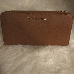 Authentic Michael Kors large travel wallet